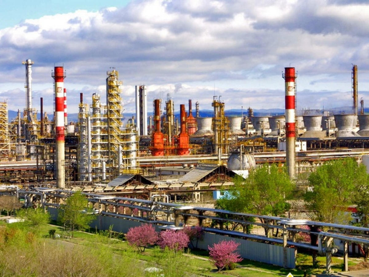 Who Will Save Ukraine's Dying Refineries? | OilPrice com