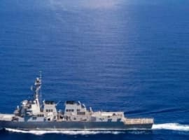Destroyer vessel South China Sea