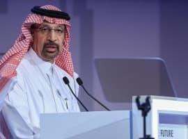 Saudis Consider All Options Amid Oil Price Slide