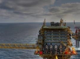 Oil Majors Optimistic Despite Price Plunge