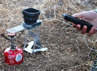 FlameStower Charges Mobile Phones Off the Grid