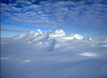 Canada Lays Claim to Seabed Below North Pole