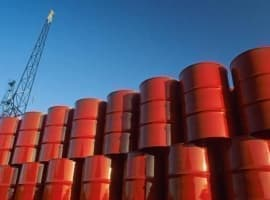 IEA: The Oil Glut Is Going Nowhere