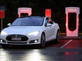 Underwhelming Model 3 News Crushes Tesla's Market Cap