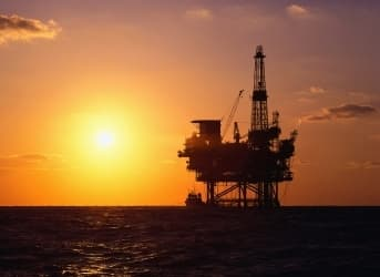 5 Dividend-Paying Oil Stocks To Keep An Eye On
