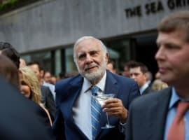 Icahn Urges Occidental To Start ''Fire Sale''