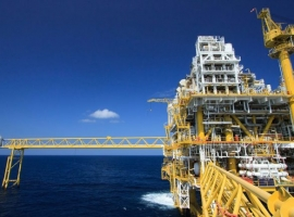 World's Largest Offshore Oil Field Partially Shut Down