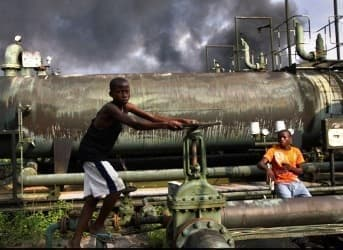 Nigeria's Oil Shifts to Smaller Players