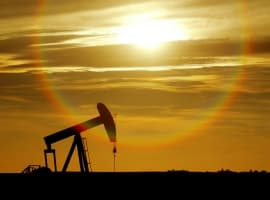 Oil Rises After EIA Reports Crude Inventory Draw
