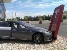 Tesla Lagging Behind Competitors In European EV Markets