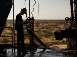 U.S. Rig Count Crashes Again: Loses Nearly 100 Rigs In 3 Months