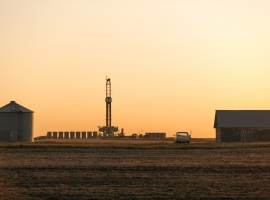 Falling Rig Count Fails To Lift Oil Prices