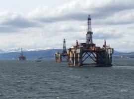 Big Oil Tries To Buy Back Investors