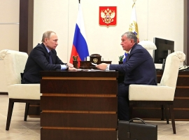 Rosneft Boss Wants Russia Out Of OPEC Deal