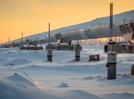 Falling Russian Crude Output Lifts Brent Oil Prices