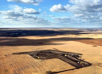 North Dakota Farmer Stumbles on Massive Oil Leak