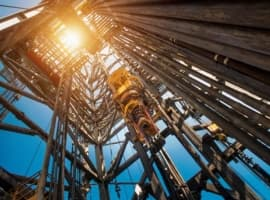 Oil Rig Count Falls Amid Oil Price Correction