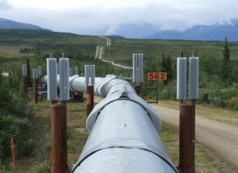 Canada Plans Strategic Pipeline Infrastructure while US Stalls on Keystone