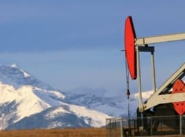 Oil Prices Rise Further On Falling Crude Inventories