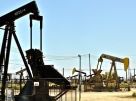 Oil Rig Count Declines Amid Falling Prices