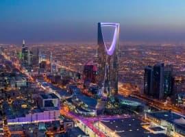Oil Rises As Market Awaits Saudi Move Counter Glut