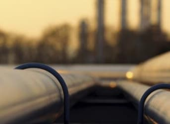Oil Prices Tank Ahead Of Inventory Reports