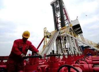 China Eyes Massive Production from First Shale Project