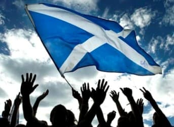 Scotland 1st Nation to go Completely Renewable Energy by 2020