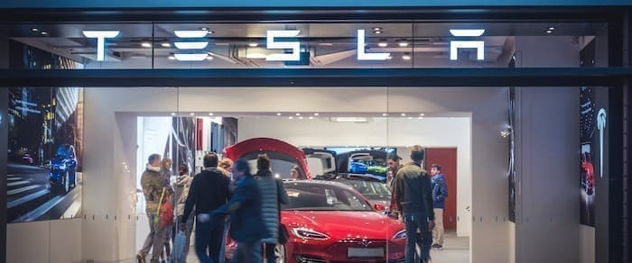 Can Tesla Really Produce A $25,000 Self-Driving Electric ...