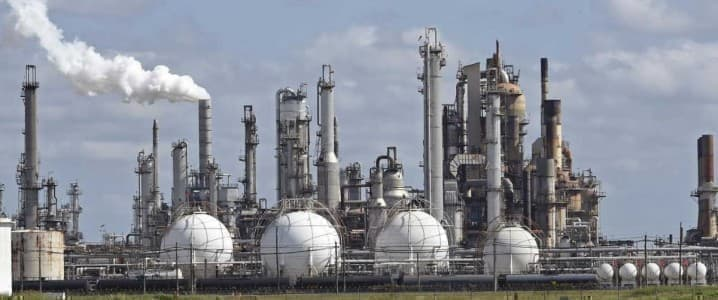 Shell Sees LNG Demand Nearly Doubling By 2040 - OilPrice.com