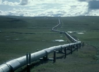 West-East Bitumen Pipeline in Canada Gets Boost