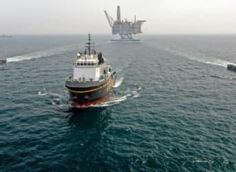 Oil Majors Report Bleak Earnings As Glut Persists