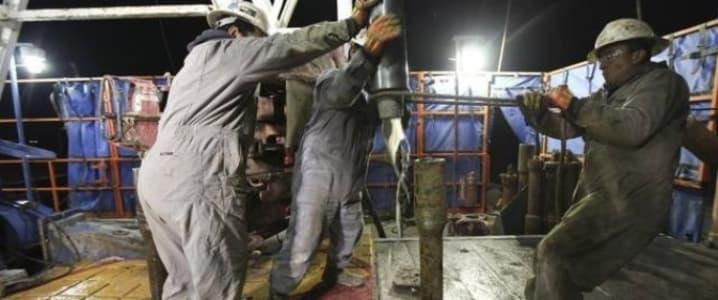 frack hands