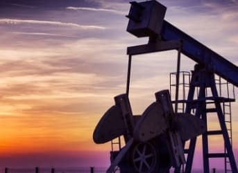 EIA Inventory Announcement Scuppers Oil Rally Hopes