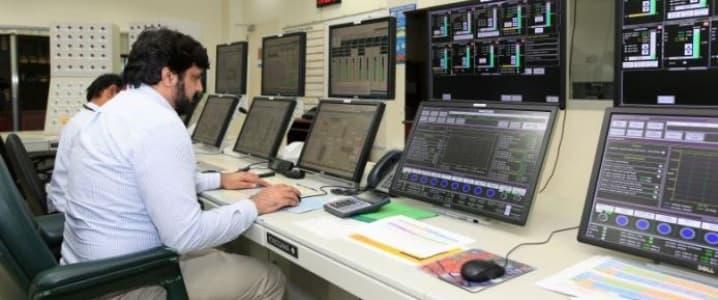 Saudi IT employee