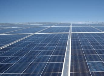 Sunny Dubai to Make Large Investment in Solar Power