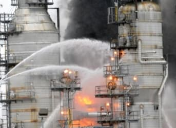 Huge Fire Erupts at ExxonMobil Refinery Near Houston
