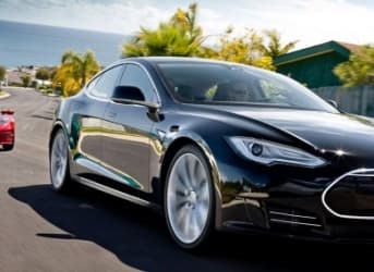 Tesla (TSLA): Are Investors Losing Faith?