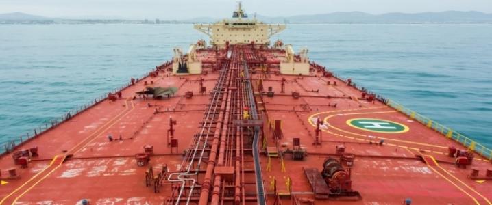 "Saudi oil tanker ""title ="" Saudi oil tanker ""/> </source></picture></div> <div id="