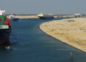 Oil Tankers Shun Suez Canal In Search of Cheaper Route