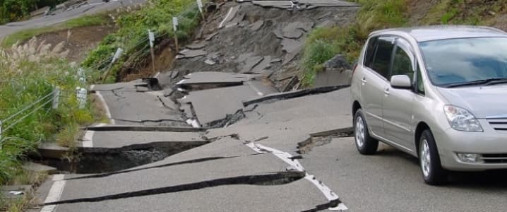Earthquake road