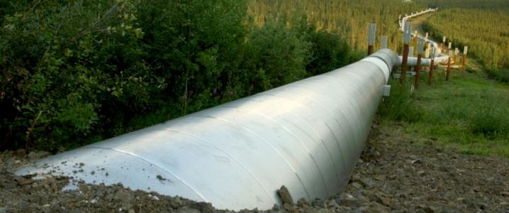 oil pipeline Canada