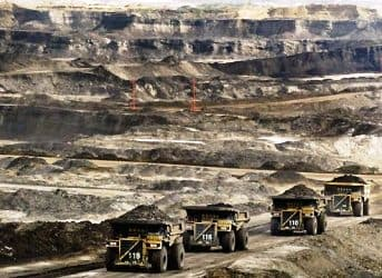 Chinese Companies Forbidden from Investing in Oil Sands, but Other Projects OK'd