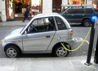 Obama Faces a Tough Task to Put a Million EVs on the Road by 2015