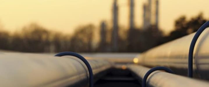 Minor Crude Inventory Draw Gives Bulls Glimmer Of Hope