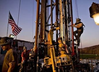 U.S. Shale Boom Not Enough to Remove the Threat of Peak Oil