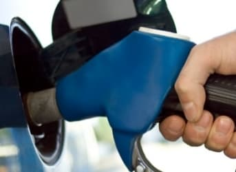How Do Consumers Respond To Lower Gasoline Prices?