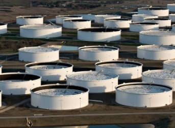Oil Prices Continue To Tumble As Supply Glut Fears Return