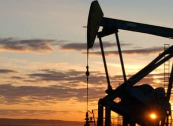 Oil Heads Lower Over Bearish IEA Report