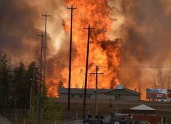 Wildfires in Alberta Force City of 80,000 to Evacuate